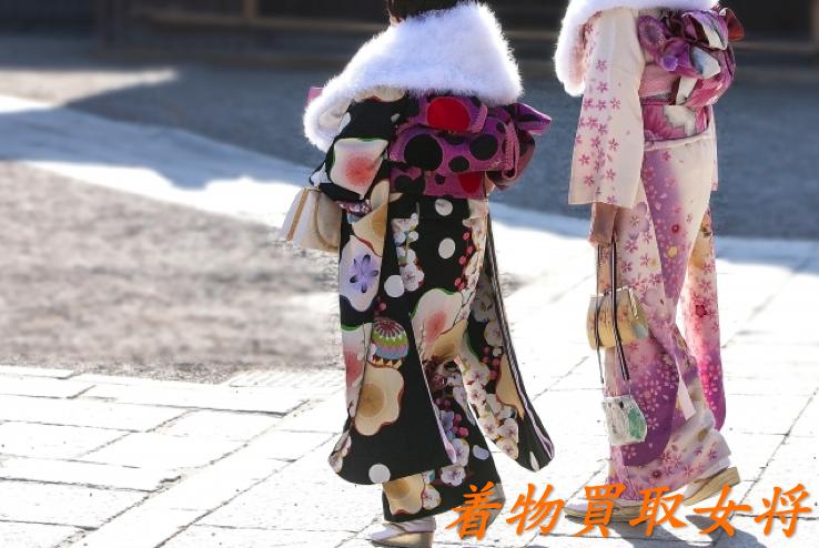 初詣にふさわしい着物や帯の種類
