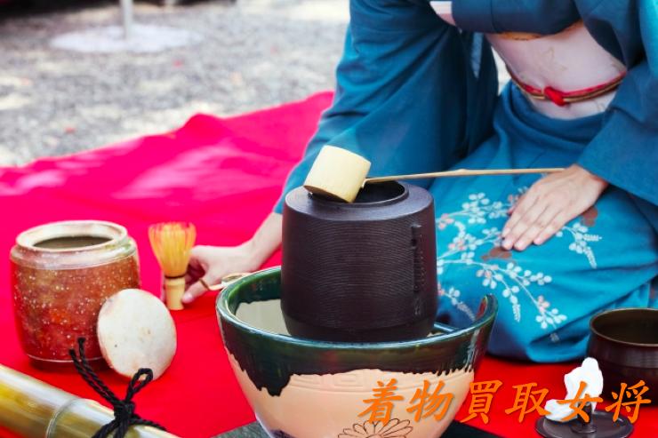 お茶会にふさわしい着物や帯の種類