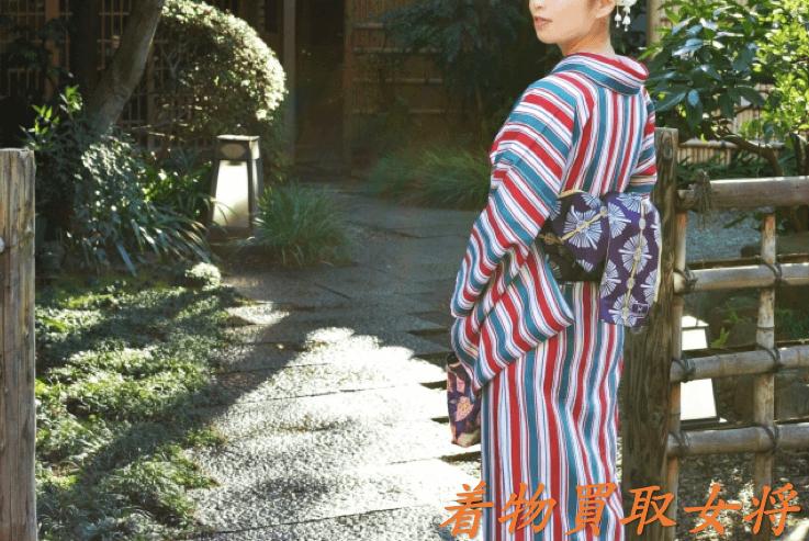 現在のポリエステル(化繊)の着物は正絹と変わらないくらいキレイなものが多い!