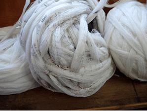 小千谷紬の糸作り