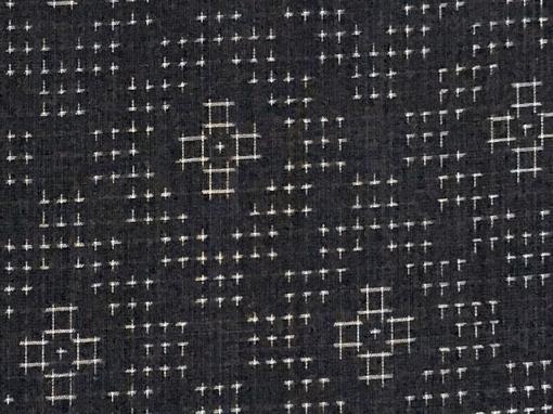 能登上布の柄や模様は亀甲絣や十字絣などが中心