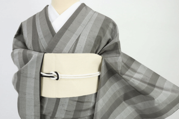 牛首紬は石川県白山市で生まれた魅力あふれる着物